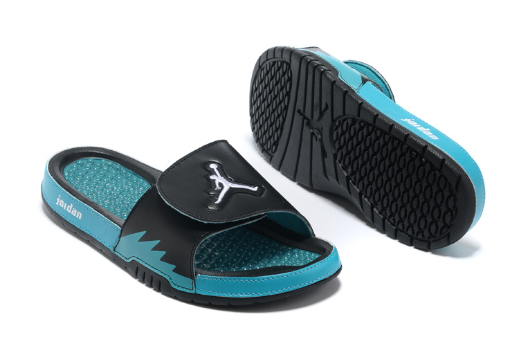 2013 Jordan Hydro 5 Black Dark Blue Slipper.jpg
