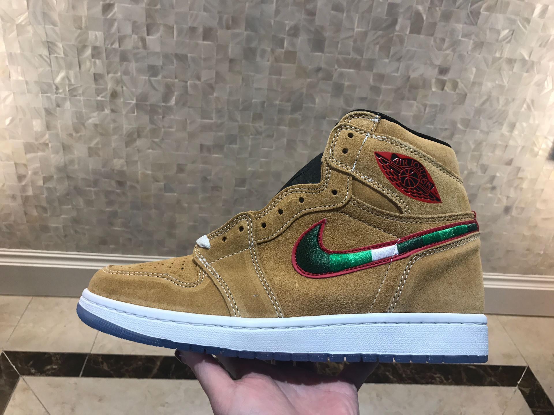 2019 Air Jordan 1 Wheat Yellow Green Red Shoes