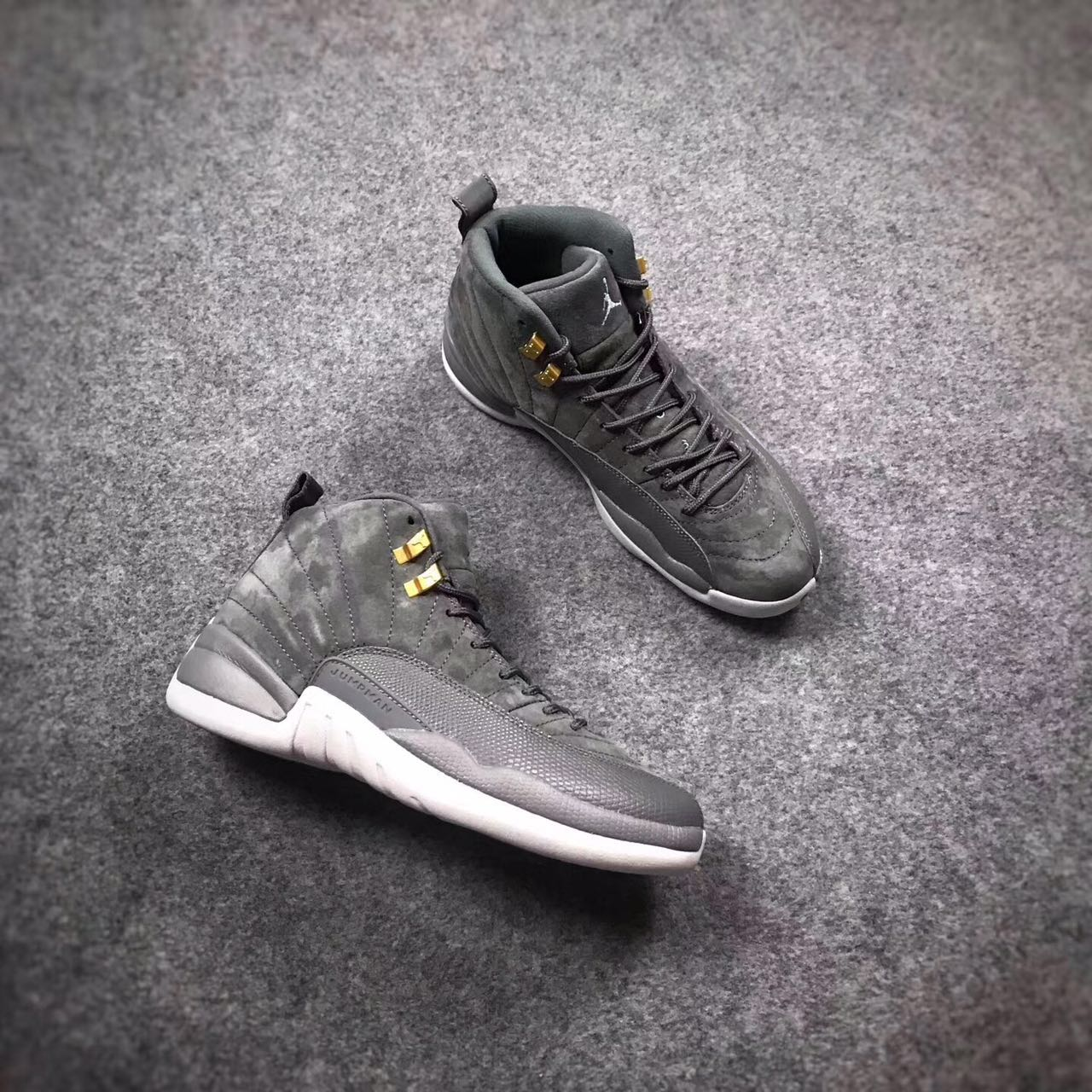 Air Jordan 12 Dark Grey Gold Shoes
