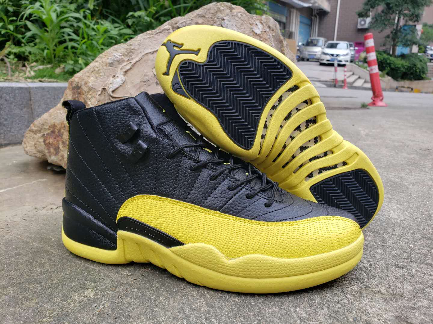 Air Jordan 12 High Bumblebee Yellow Black Shoes