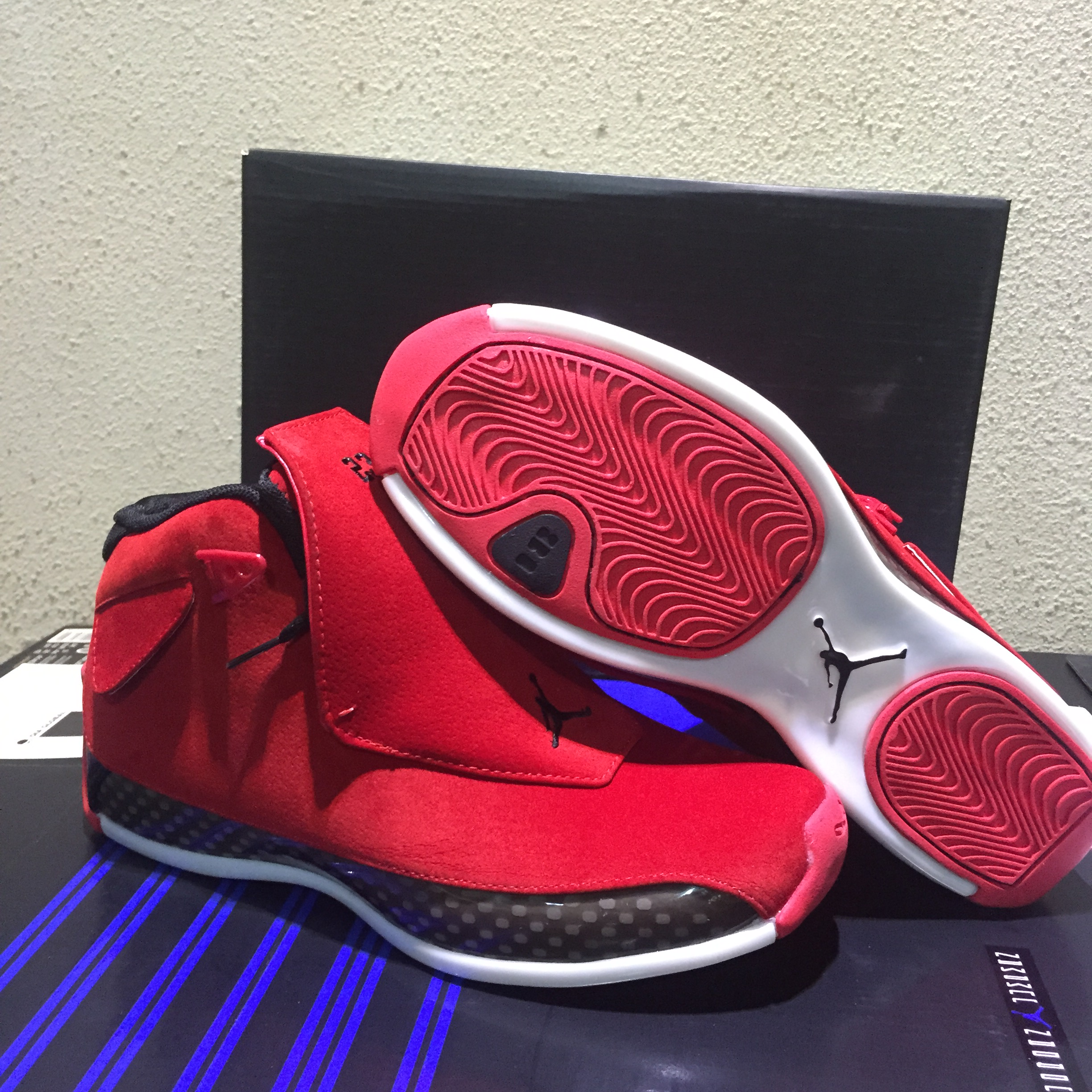 Air Jordan 18 Chicago Red Shoes
