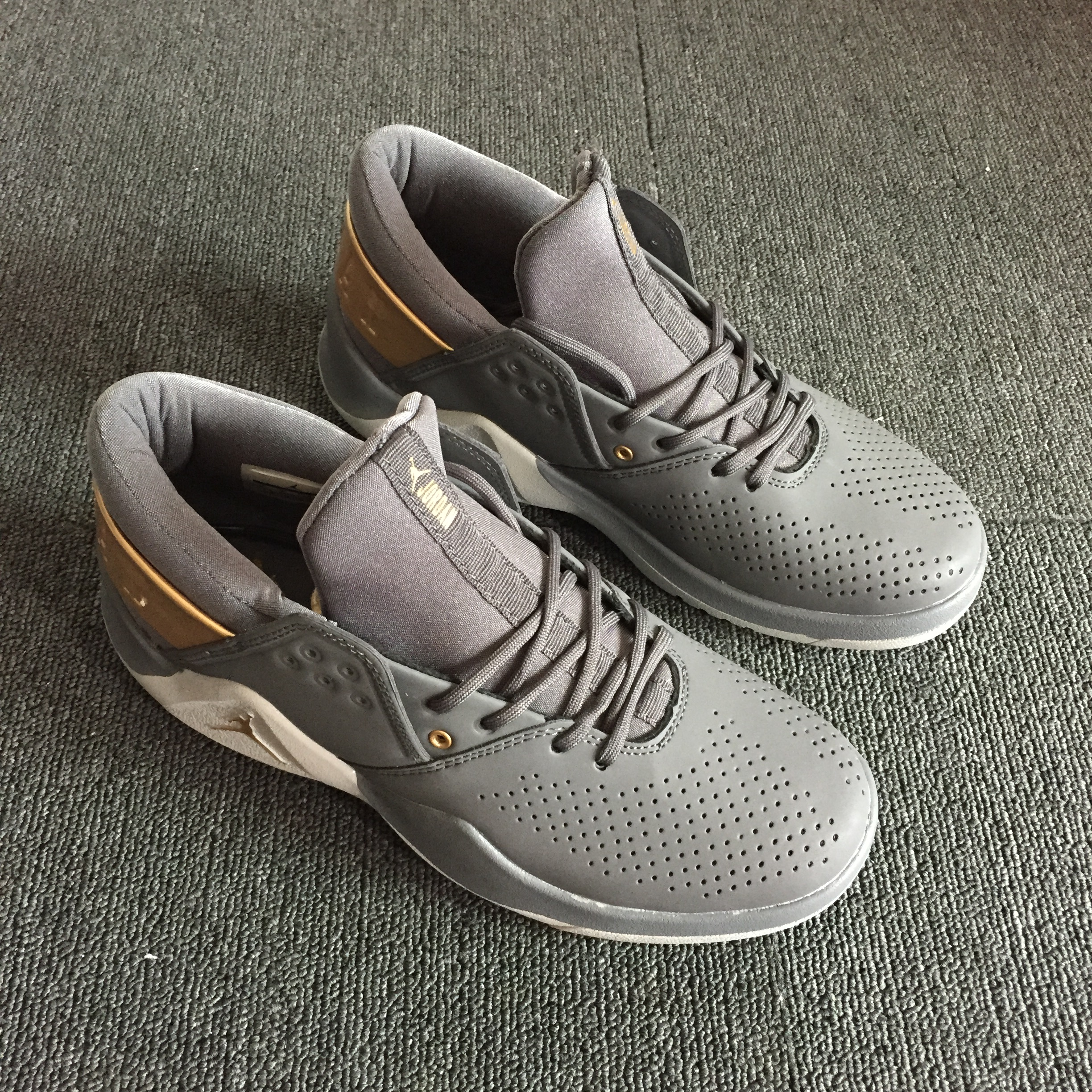 Air Jordan Flight Fresh Wolf Grey Gold