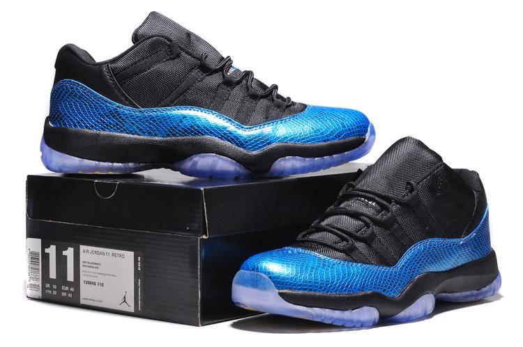 Air Jordan 11 Retro Low Black Blue