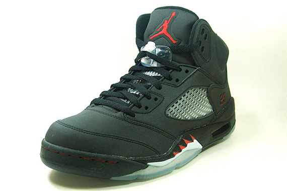 Jordan 5 Retro Raging Bull Pack Varsity Black Shoes