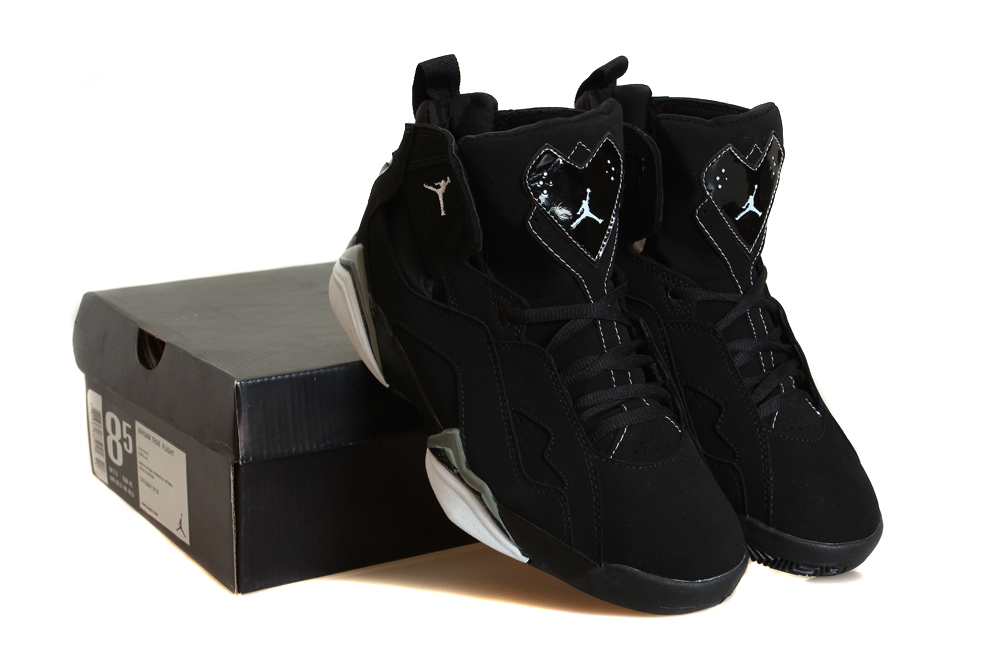 Air True Flight Black Basektball Shoes