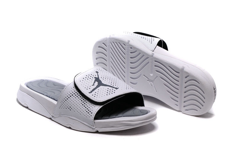 Jordan Hydro V Retro All Grey Sandal