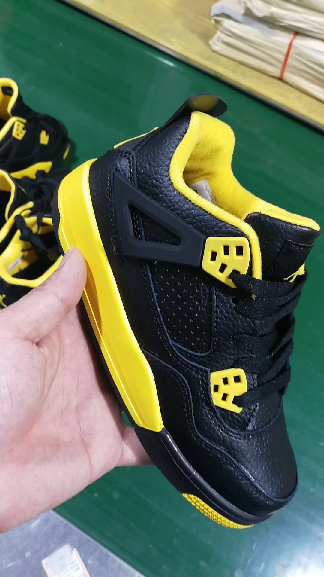 New Kids Air Jordan 4 Black Yellow Shoes