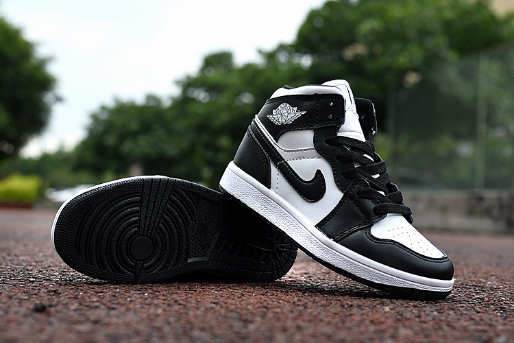 New Air Jordan 1 Oreo Black White Shoes For Kids 16og101102